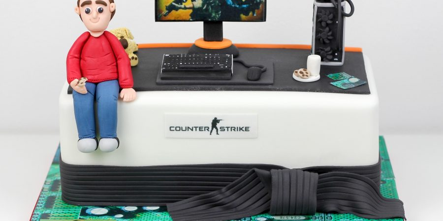 9 Cool CSGO Themed Cakes